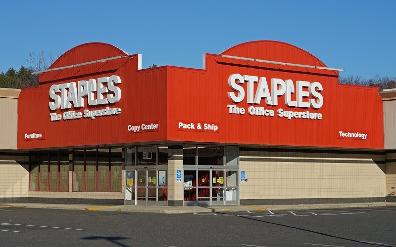 Urge Staples to Pull Sponsorship from 'Impastor'