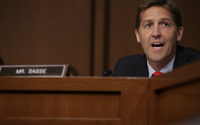 Sen. Sasse Rocks the House with Civics Lesson