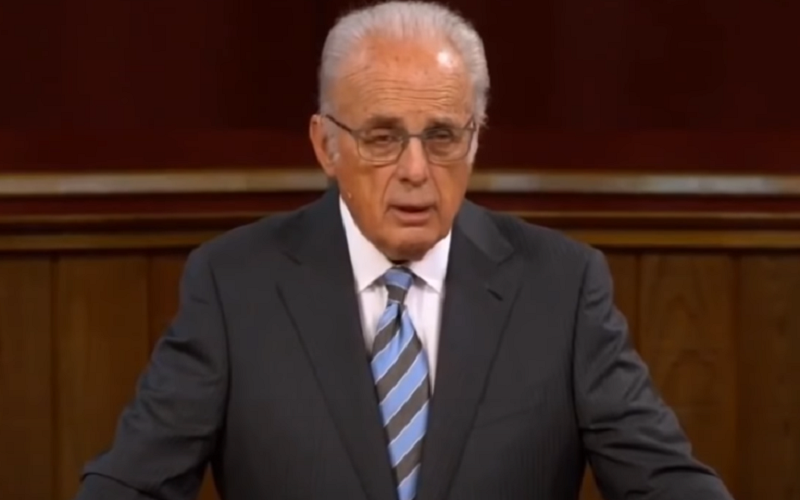 John MacArthur Declares Independence Day For The American Church